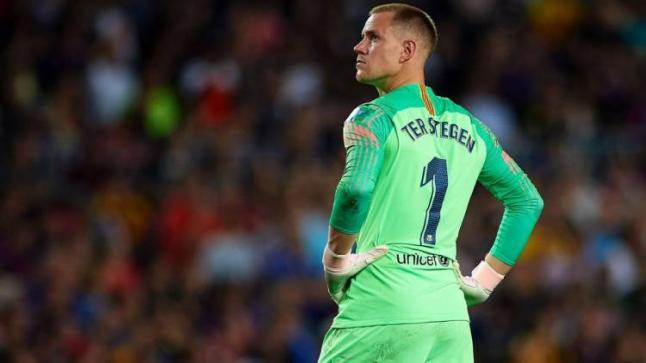 تير شتيجن يثير الجدل مجددا حول مصيره مع نادي برشلونة