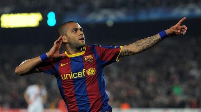 داني ألفيس: برشلونة لم يقدرني ورحلت من الباب الخلفي