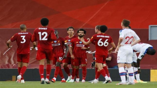 ليفربول يسعى لخطف مدافع شالكة الألماني