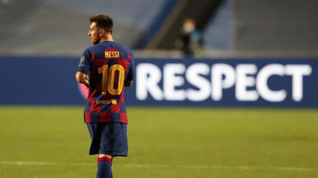 صحيفة إسبانية تثير الجدل حول رحيل ميسي من برشلونة