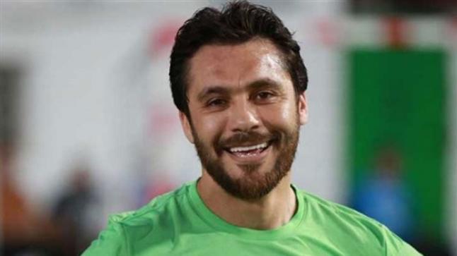 أحمد حسن يسخر من سرقة كأس الأمم الأفريقية من اتحاد الكرة
