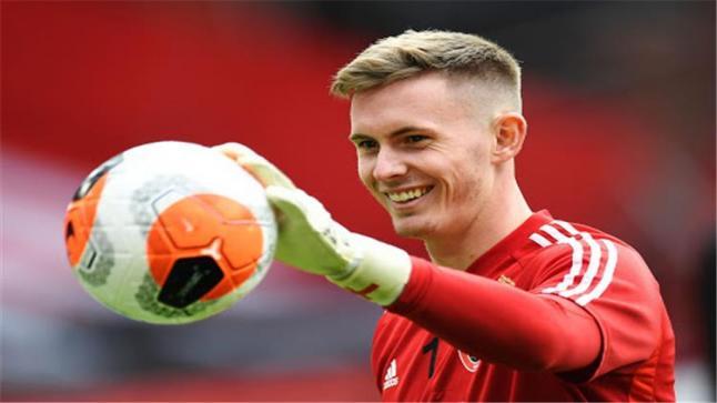 تقارير: مانشستر يونايتد توصل لاتفاق مع هندرسون لتجديد التعاقد