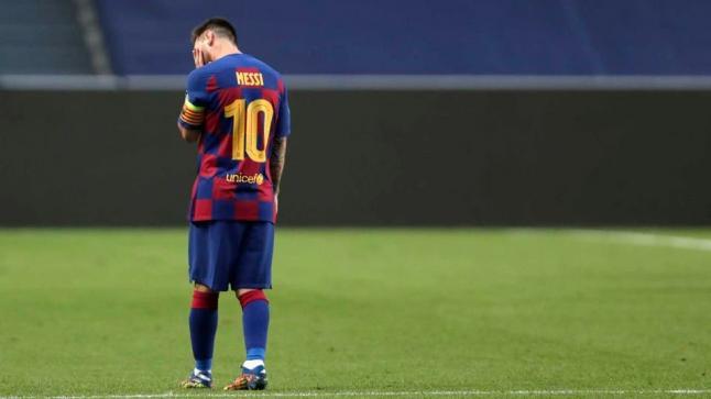 ميسي: ابني بكى حتى لا أرحل من برشلونة